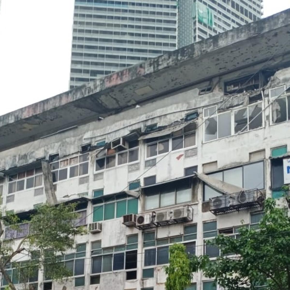 Mumbai: Cylinder blast at Old Passport Office in Worli