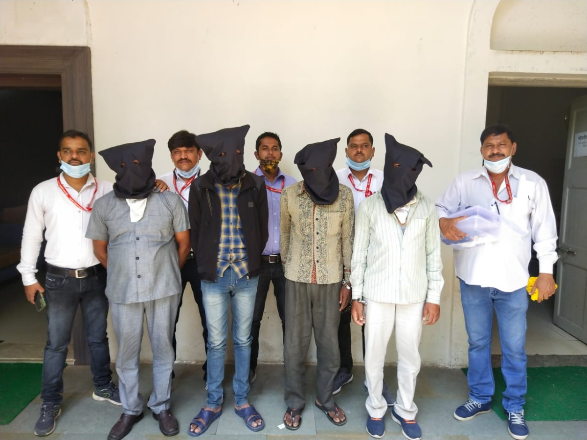 Indore: Four arrested for robbery at builders bungalow last year
