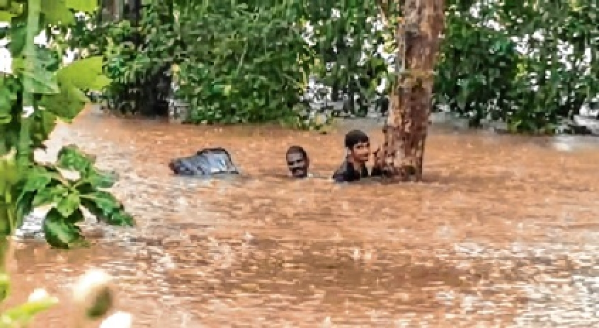 Heavy rains lash Karnataka
