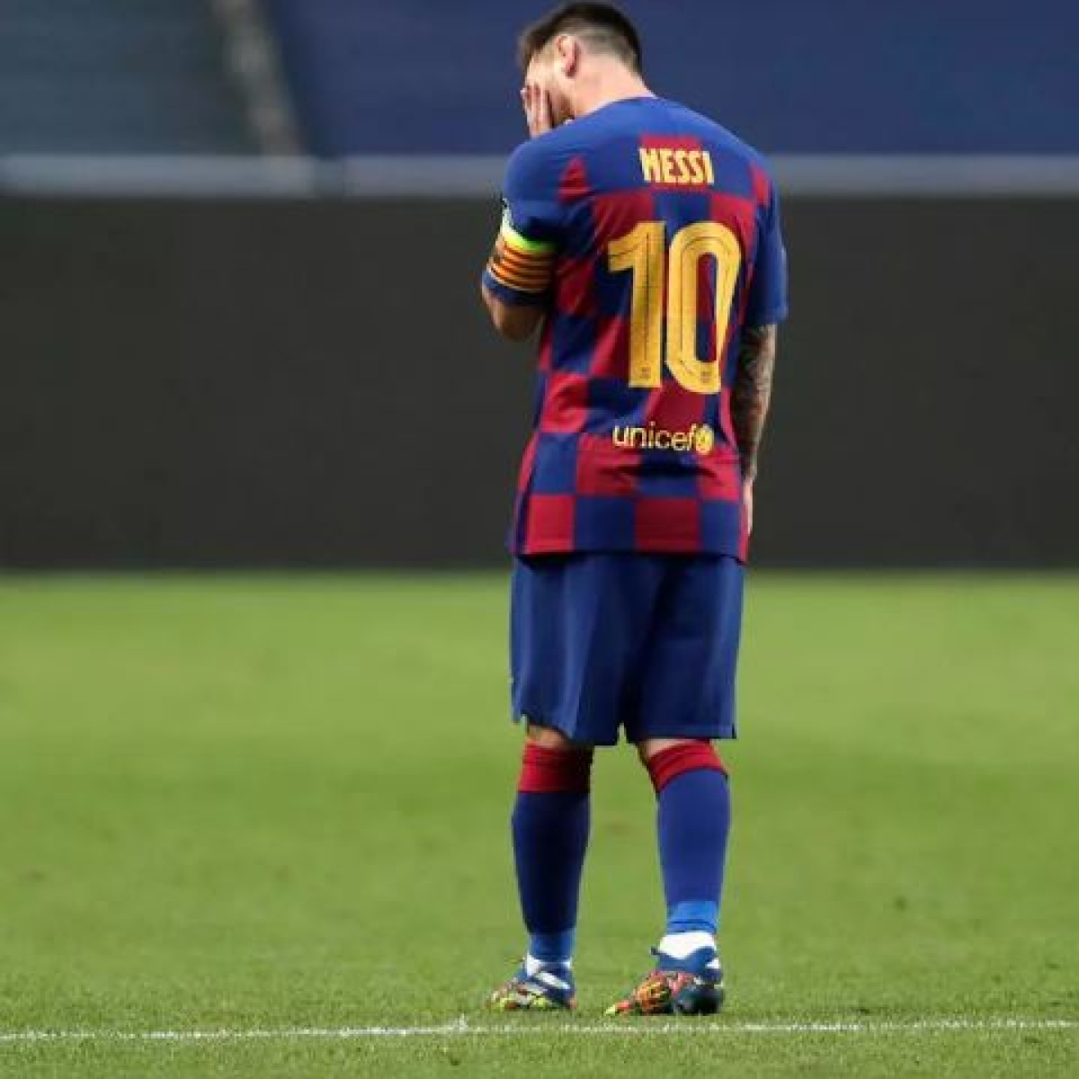Watch: 'Lonely' Messi during Barcelona training session leaves fans devastated