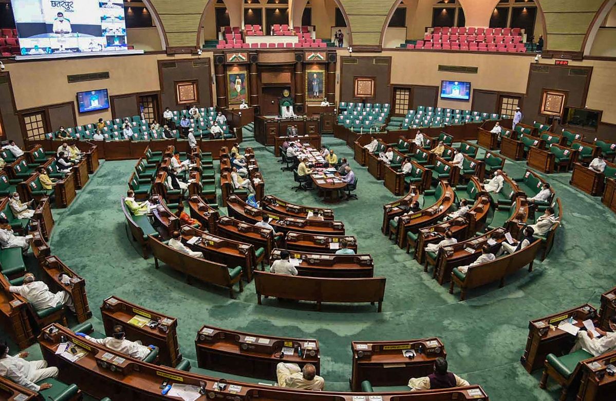MP Assembly Session: Budget, eight bills passed by voice vote amidst an uproar