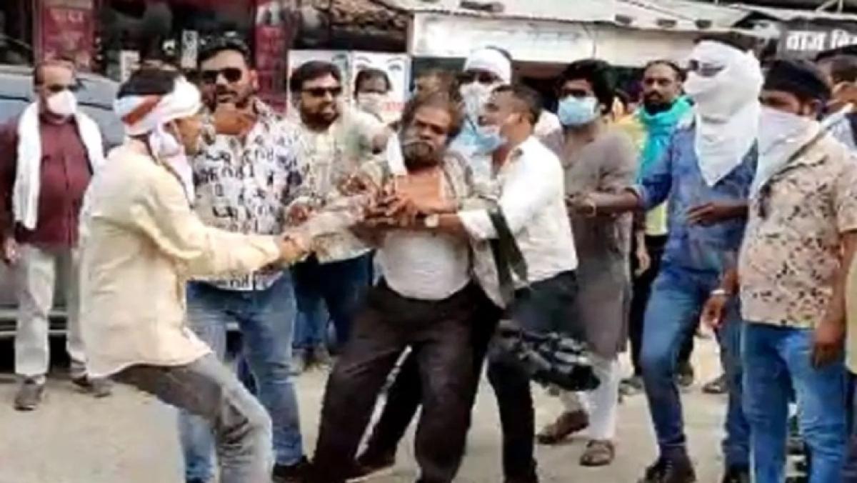 Journalist alleges assault by Congress workers in Chhattisgarh's Kanker, FIR filed