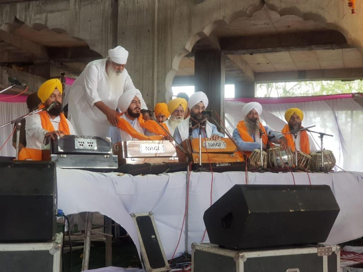 Indore: Sikh community observes Jyoti Jyot Purab with prayers for the world to fight corona