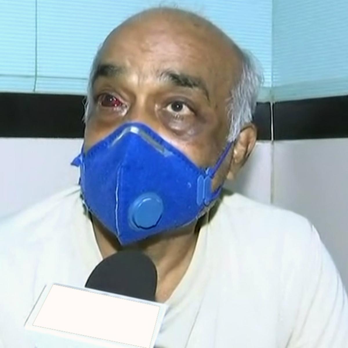 Mumbai: 6 Shiv sainiks who hit ex-Navy officer get bail