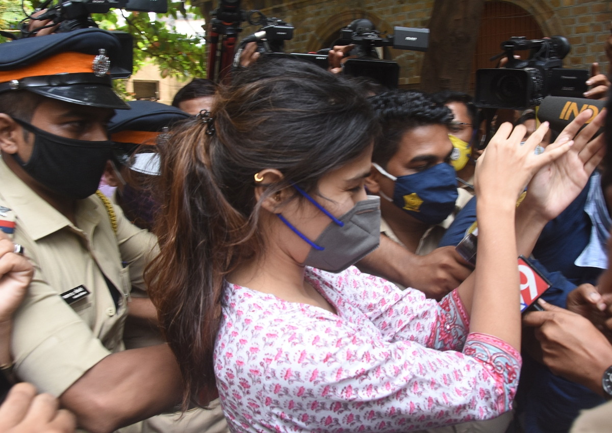 Sushant Singh Rajput death case: Rhea Chakraborty chased by media vultures