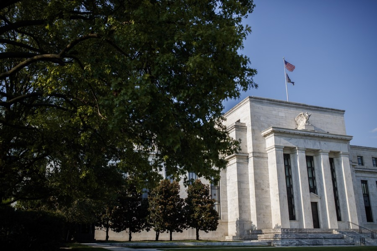 US economy grows modestly amid continued uncertainty about pandemic: Fed survey