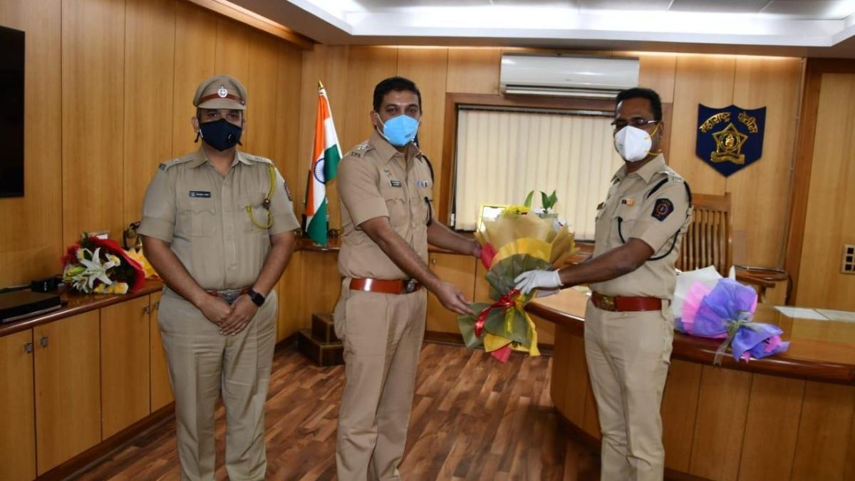 Vikram Deshmane takes charge as Thane Rural SP