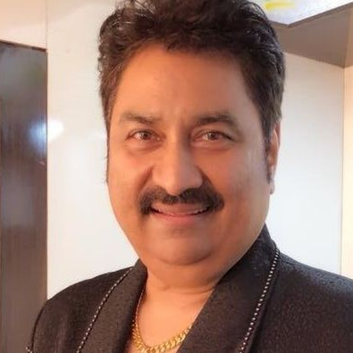 'Unfair to compare newcomers to legendary singers like Kishore Kumar': Kumar Sanu on 'Indian Idol 12' controversy