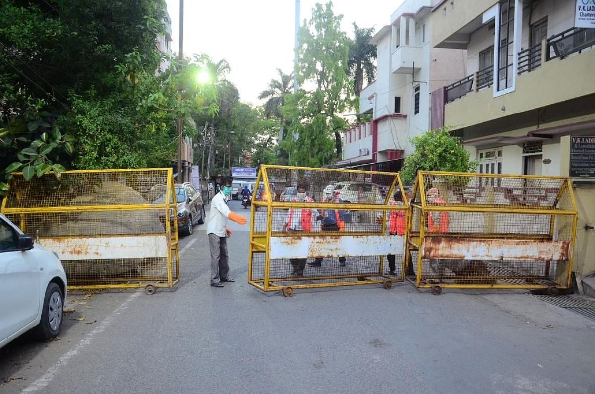As corona cases surge, BMC seals 2,460 buildings in South Mumbai