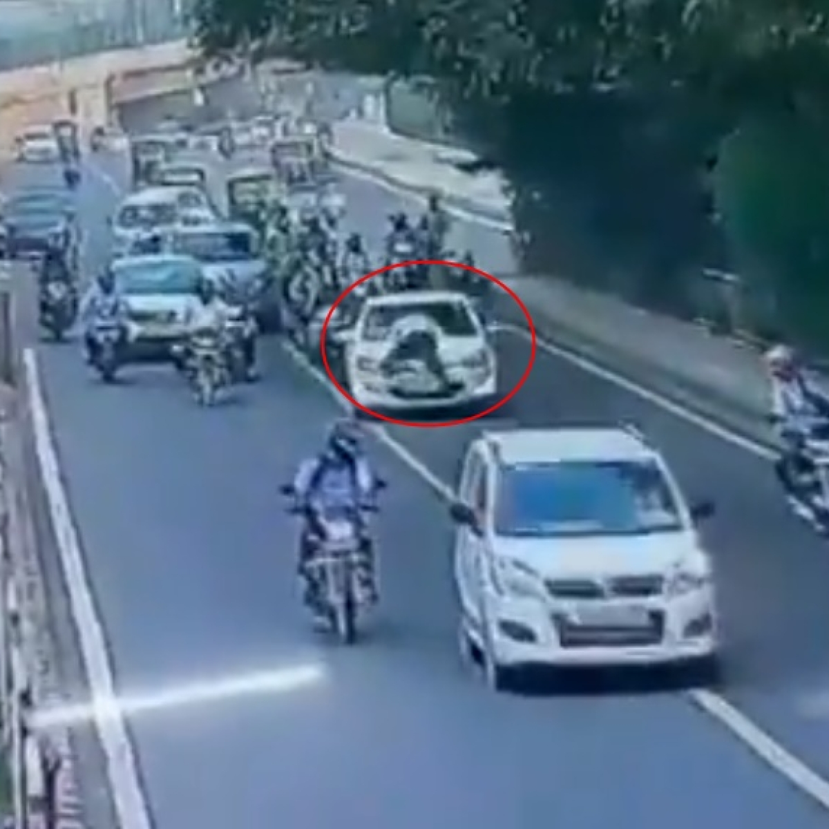 'Shameful': Twitter reacts after video of Delhi traffic police personnel dragged on car bonnet goes viral