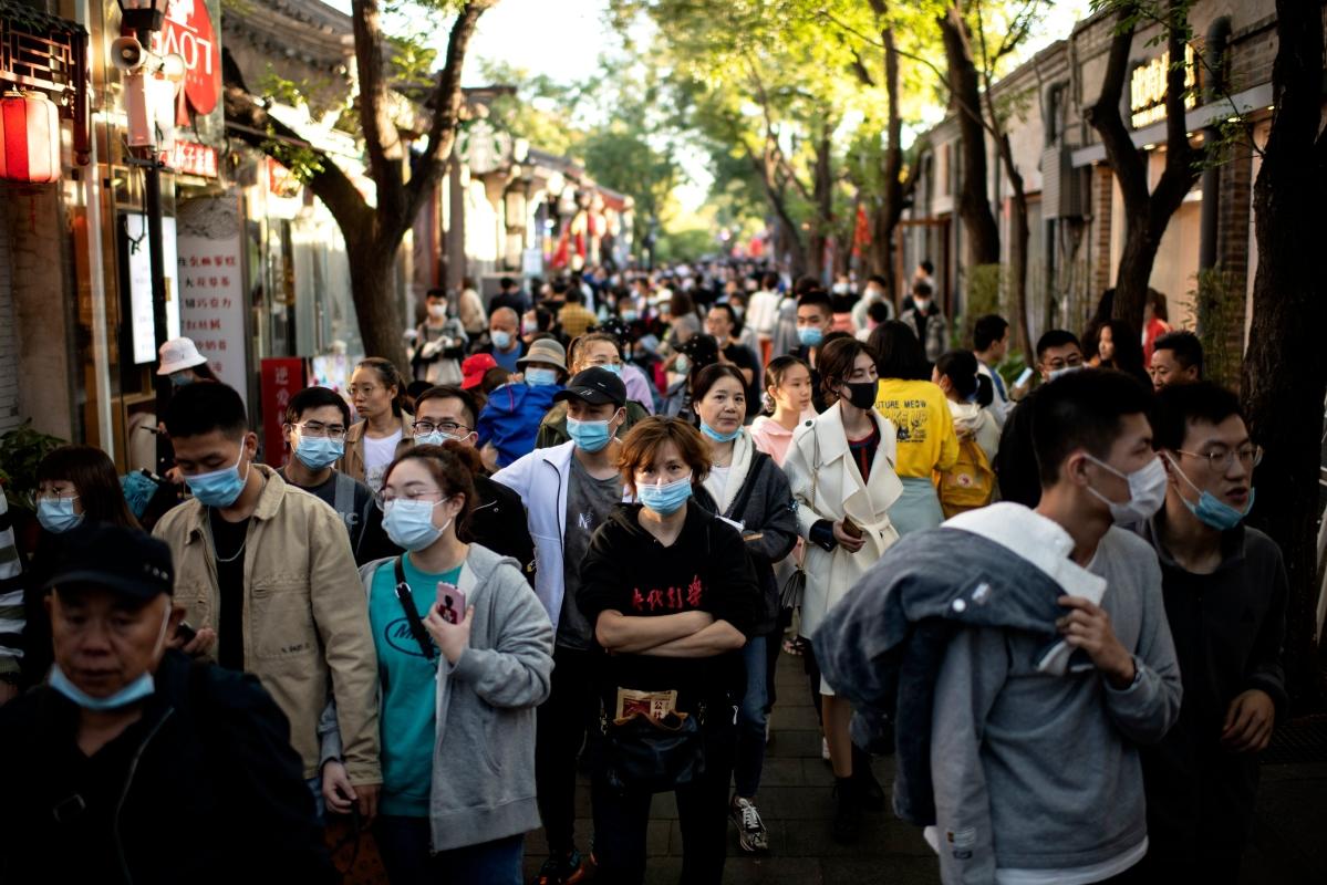Second wave gathers steam as world hits 40 million coronavirus cases