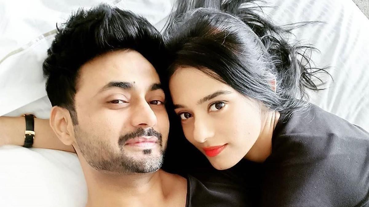 'Vivah' actress Amrita Rao and RJ Anmol to be parents soon