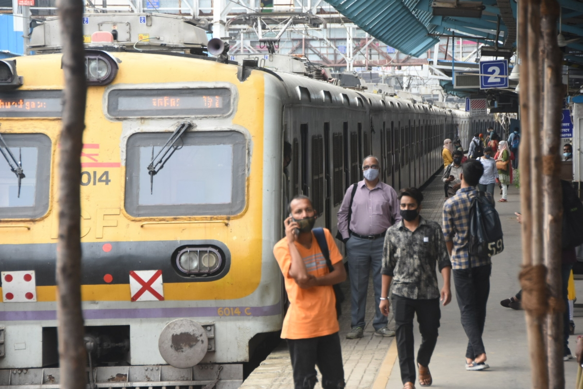 Mumbai: Central Railway's anti-tout seized 400 e-tickets worth Rs 6.43 lakh in December 2020