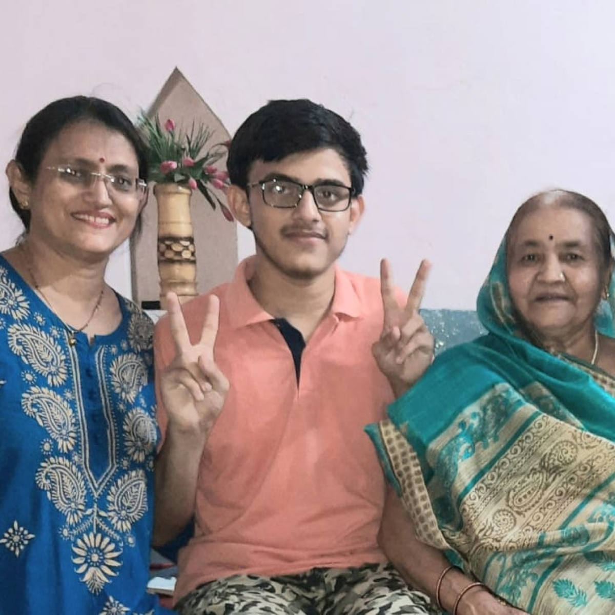 NEET 2020: Indore topper is Raghav Upadhyay, scores 680 and bags AIR 675