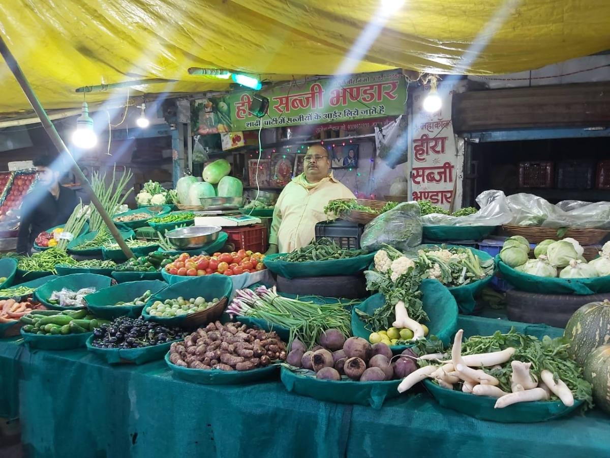 Indore: Skyrocketing veggie prices;  Blame lockdown, inclement weather