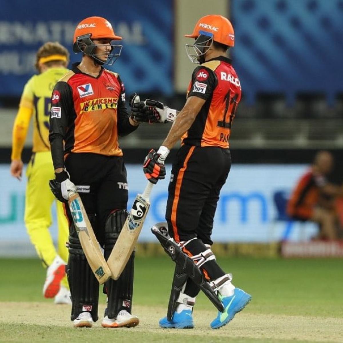 'Under 19 guys smashing senior guys': Twitter amazed as Priyam Garg scores stunning 50 against CSK