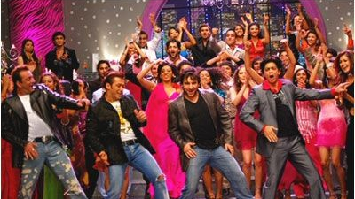 'Like Om Shanti Om's title track': Twitter thrilled as #BollywoodStrikesBack against Republic TV, Times Now