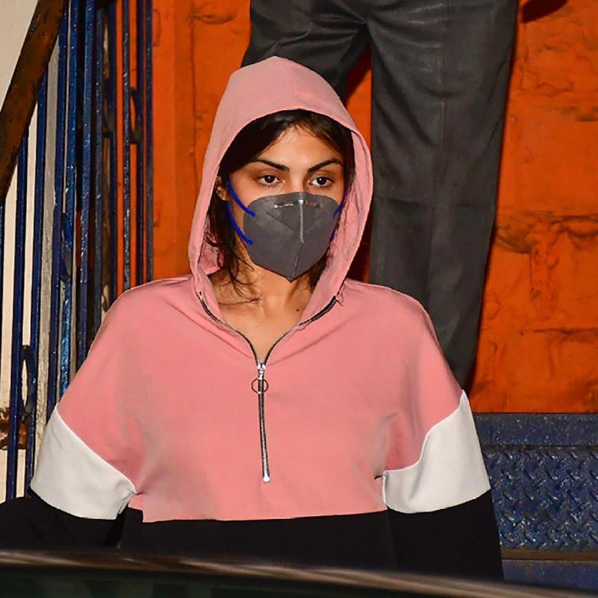 Rhea Chakraborty's accusations against Sushant Singh Rajput's sisters 'speculative': CBI