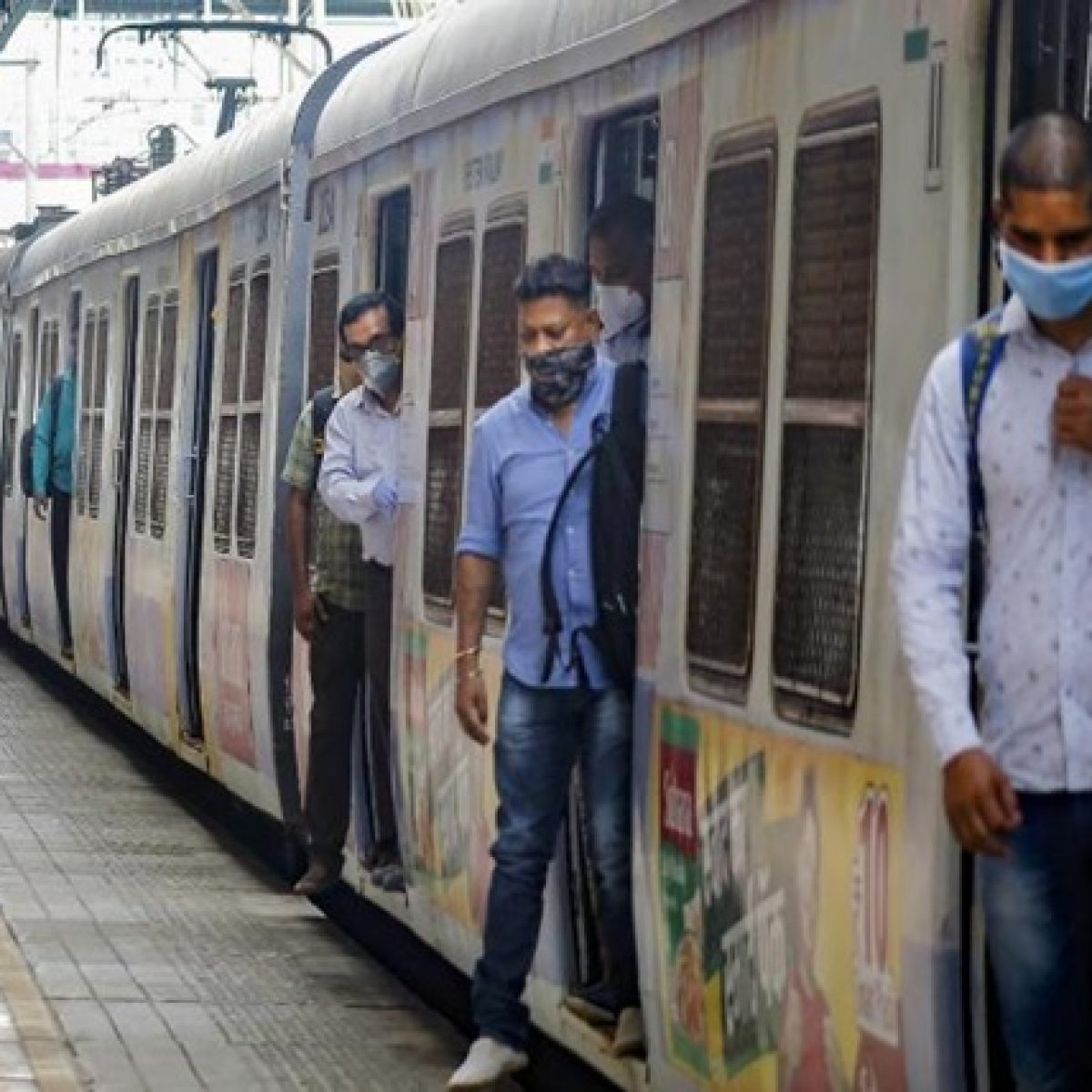 Railways ready to allow women on local trains, state govt requested to convey modalities: Western Railway