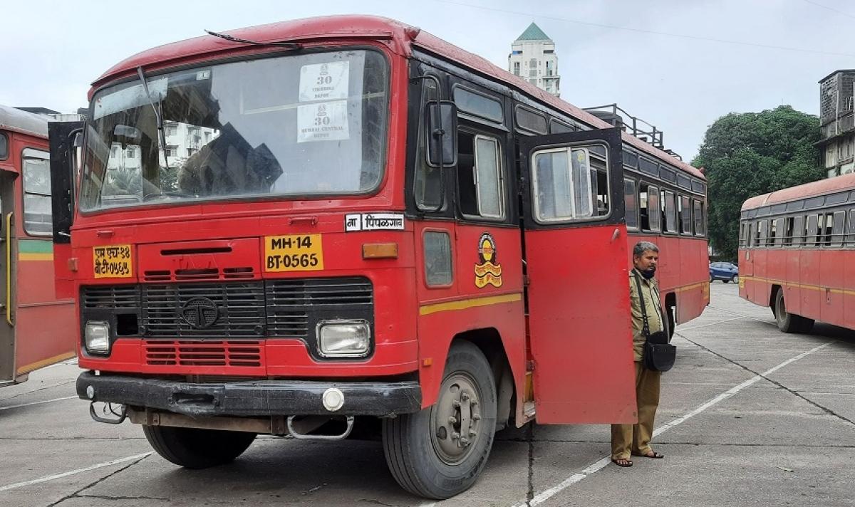 MSRTC bus runs over senior citizen in Thane