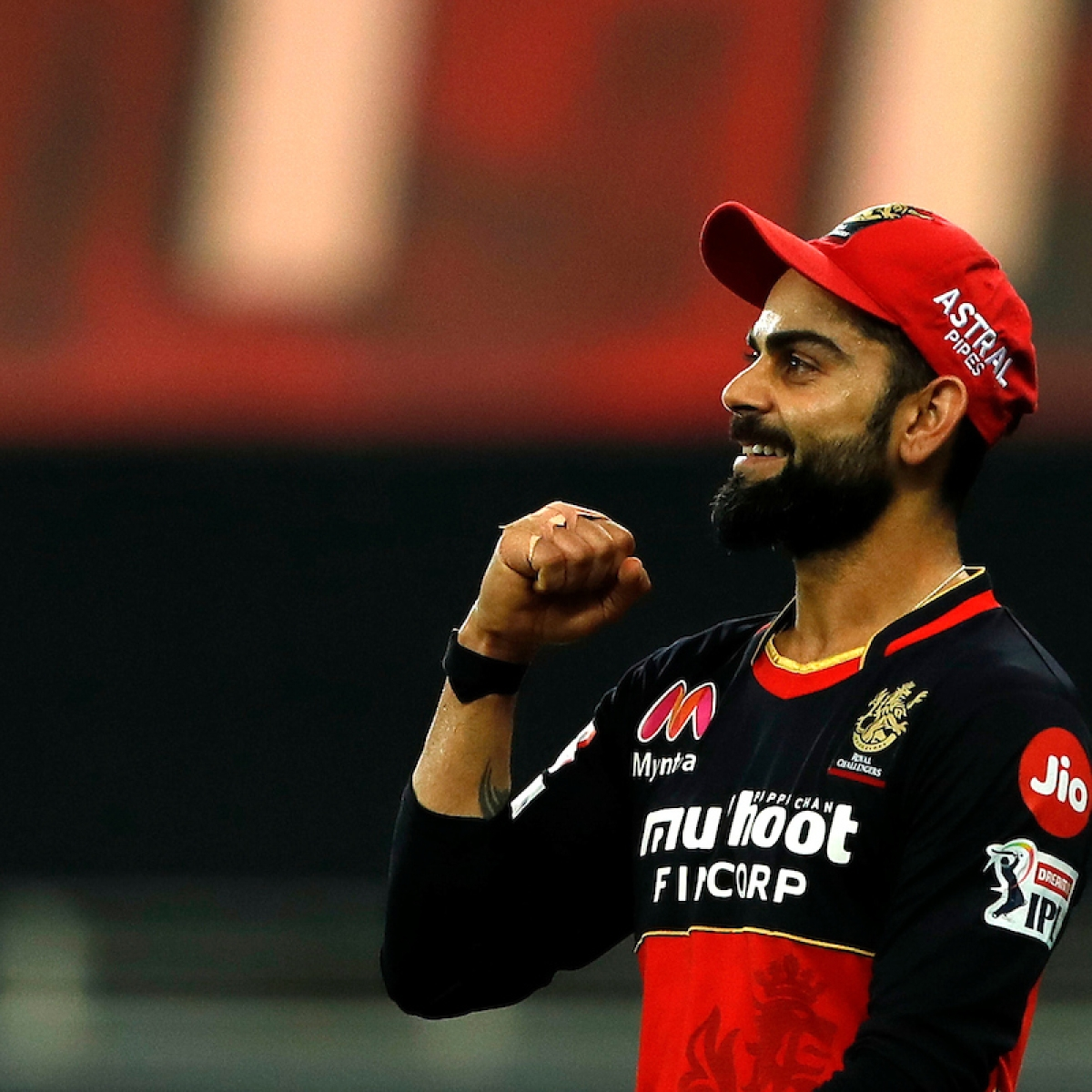 'Could Rohit win IPL titles with RCB?': Aakash Chopra defends Virat Kohli