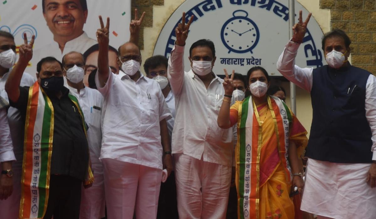 Mumbai: Eknath Khadse threatens to play CD against BJP leaders