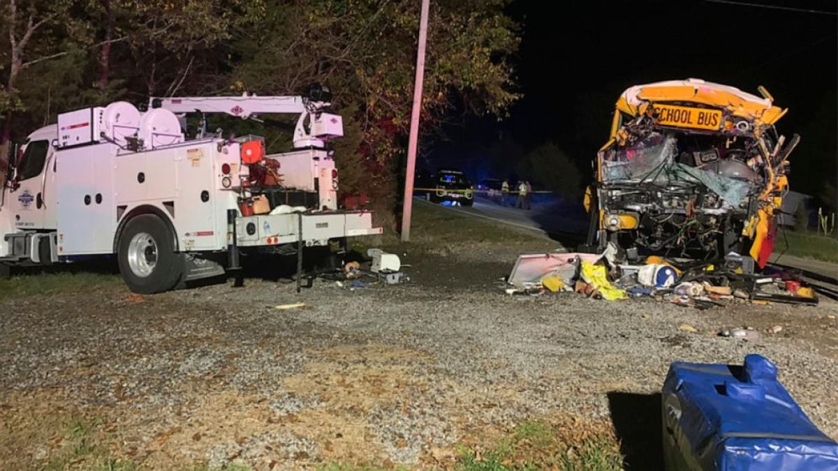 US school bus crash kills driver and 1 kid