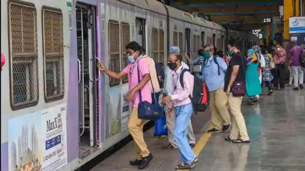 Mumbai: Candidates allowed to use locals for UPSC exam today