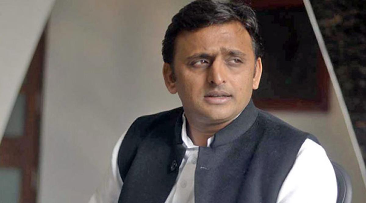 Madhya Pradesh Bypolls: Samajwadi Party gives advertisement to get candidates