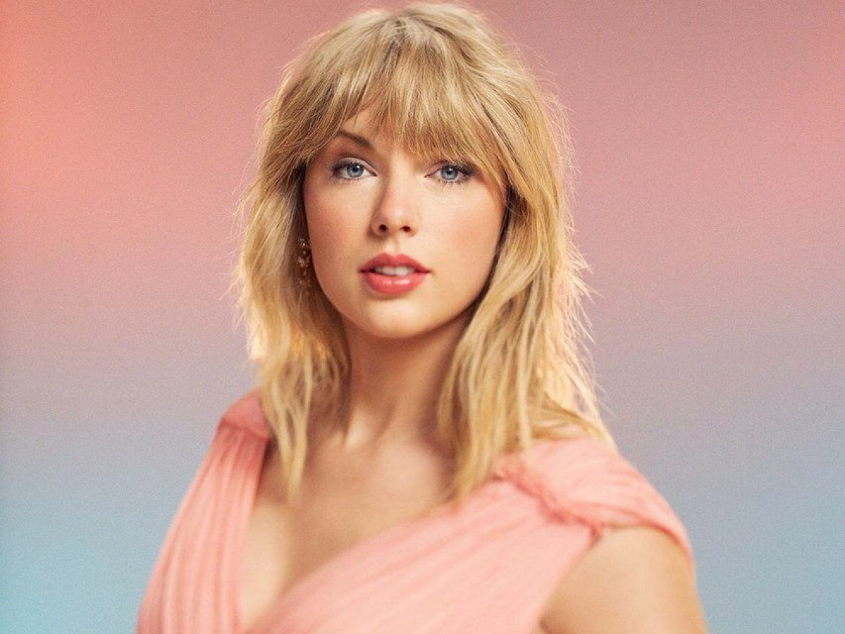 Taylor Swift's 'Folklore' becomes first million-selling album of 2020 in US
