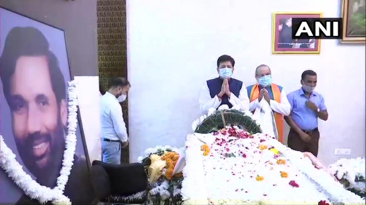 Live updates: Union Minister Piyush Goyal pays last respects to Ram Vilas Paswan