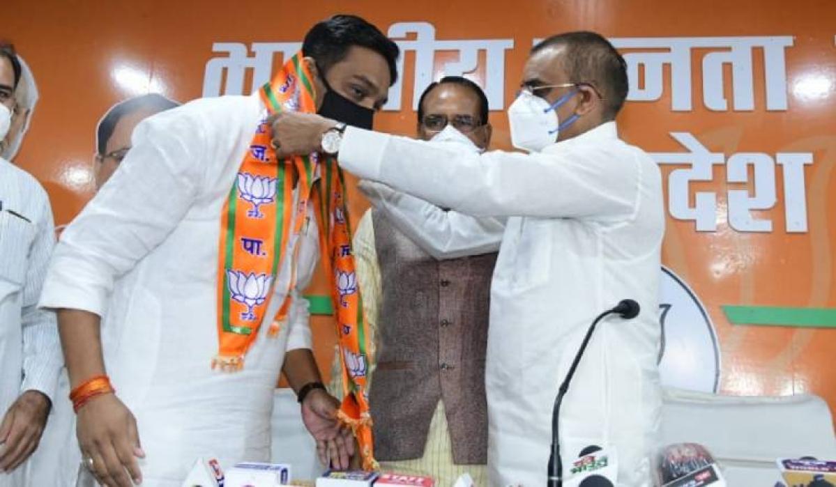 Madhya Pradesh: MLA Rahul Lodhi who called defectors 'traitors' leaves Congress, joins BJP