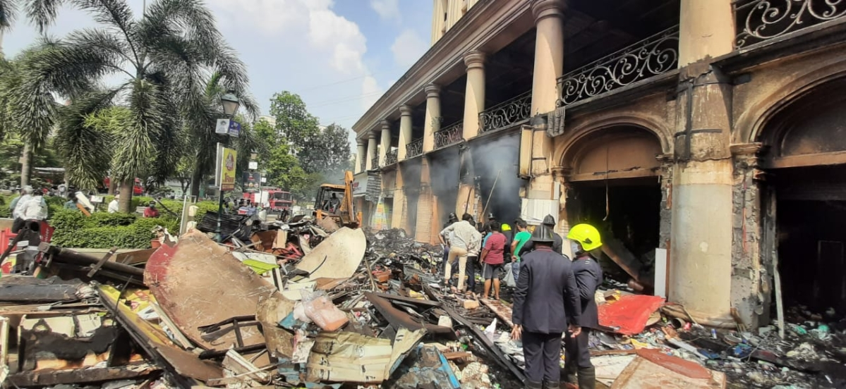 Thane: Seven including two firefighters injured in a gas cylinder explosion after fire at shop