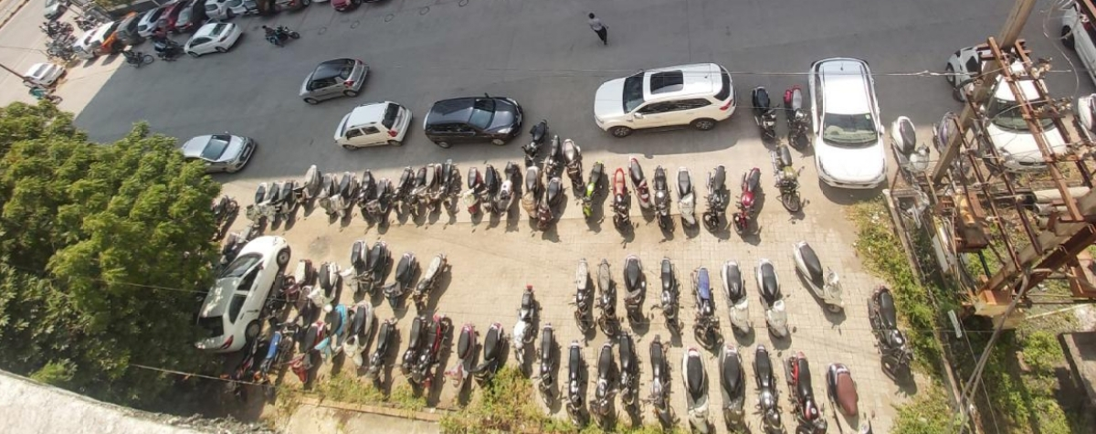Cops, IMC turn a blind eye to illegal parking