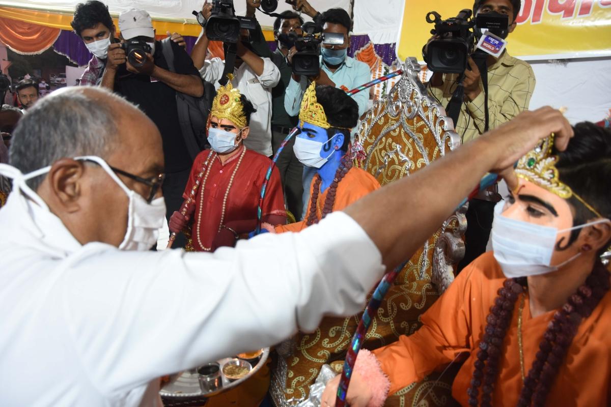 Bhopal: Digvijaya to begin a poll campaign from Mungawali