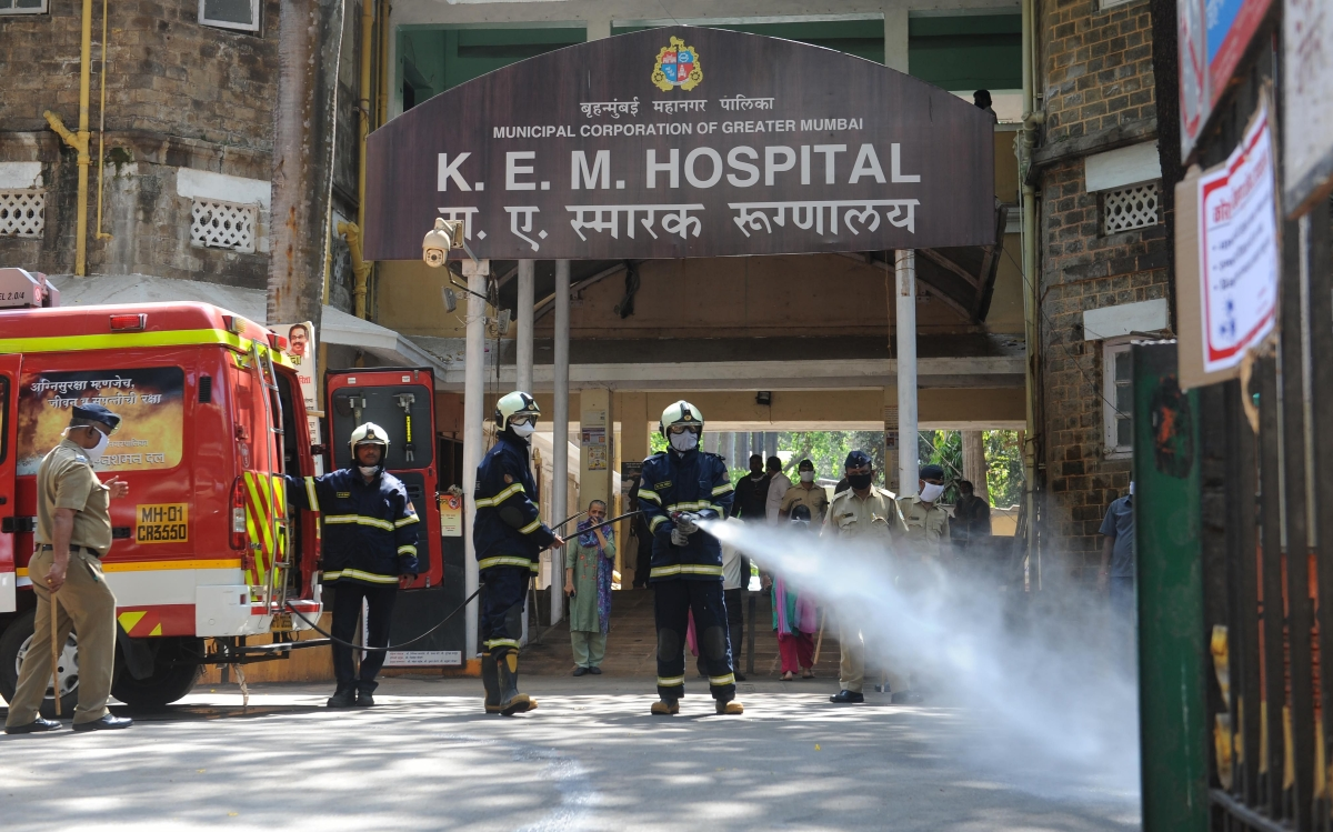 Thieves strike at doctors' hostels of KEM Hospital thrice this month