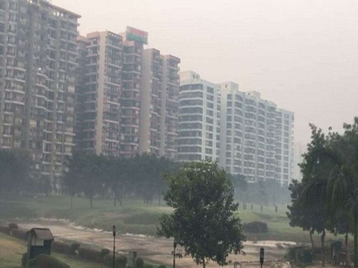 Air Quality remains poor in Noida (Representational Image)