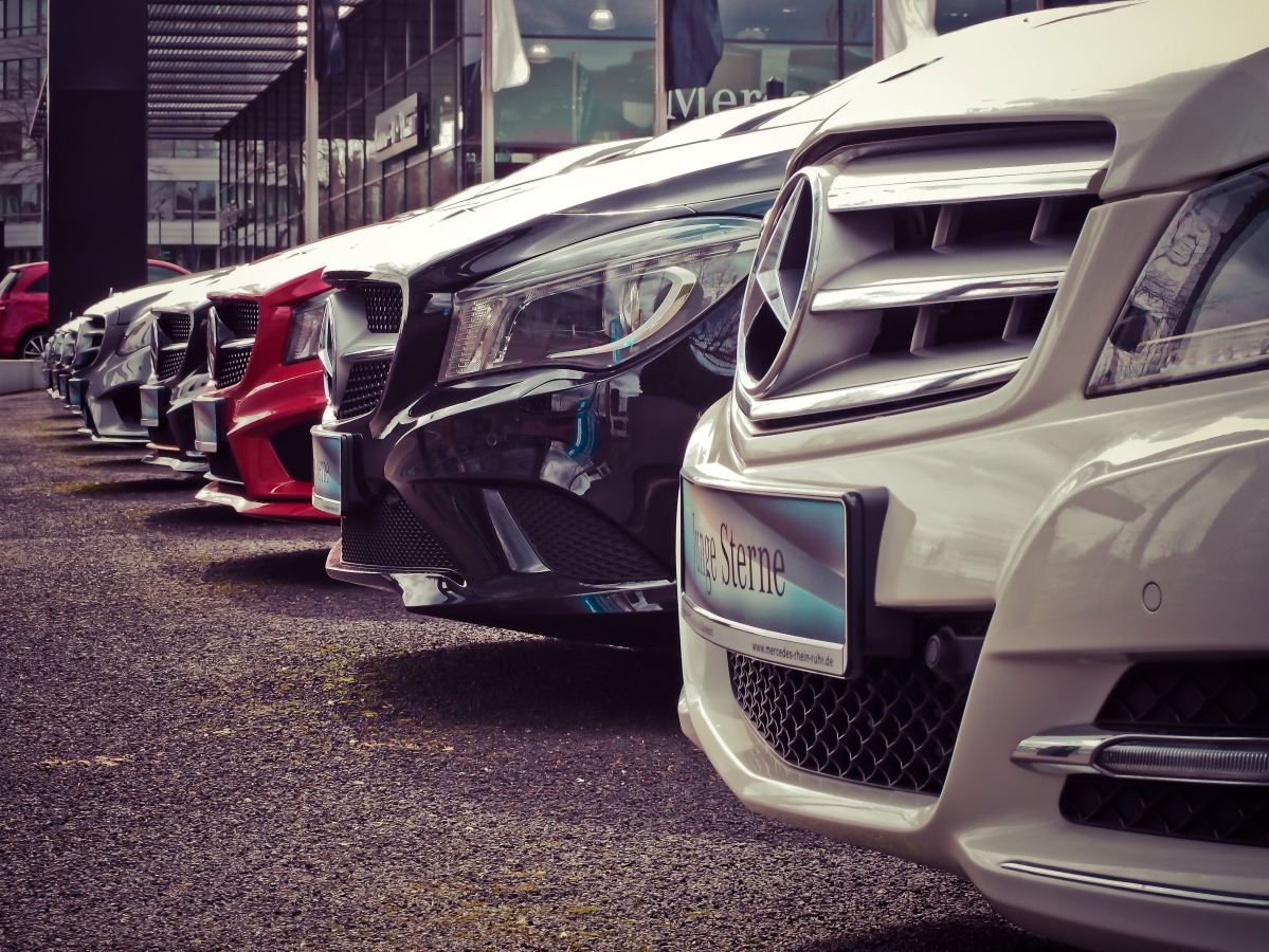 Automakers log dip in fleet sales in Sep quarter amid COVID-19