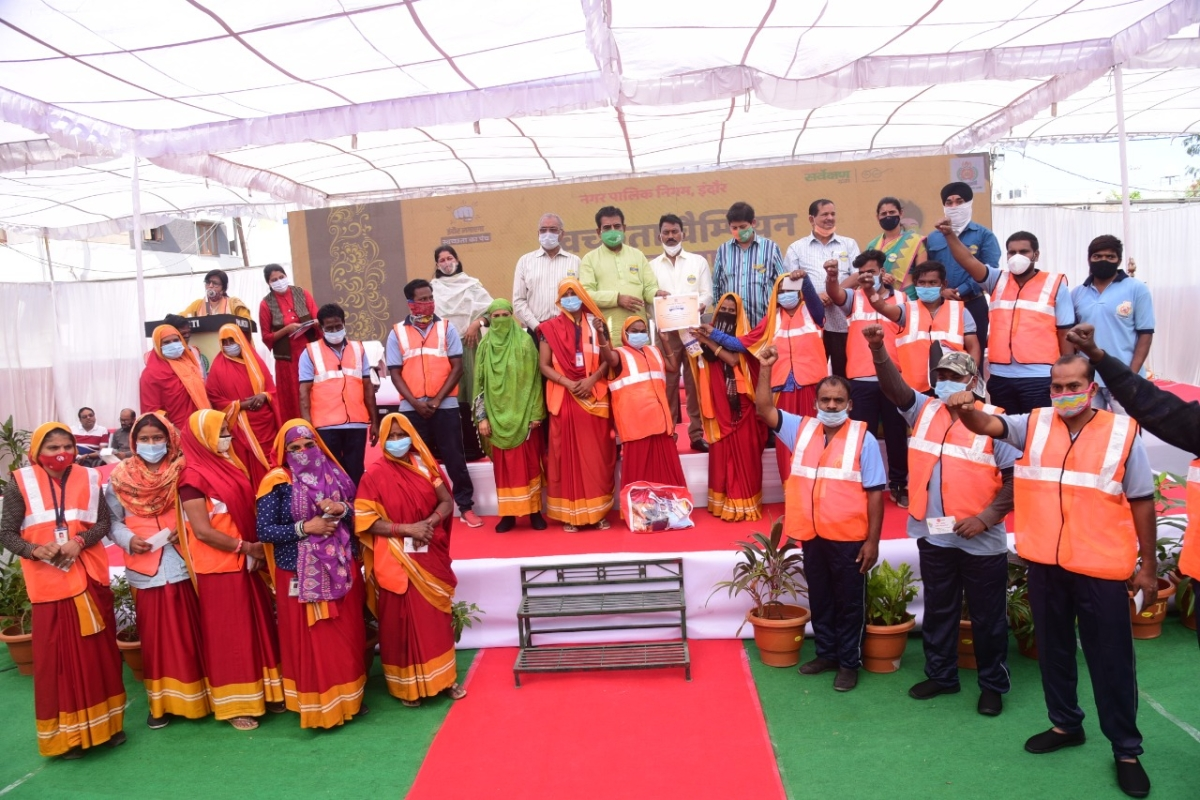 Indore: Women protest as stone laid for drum compost plant