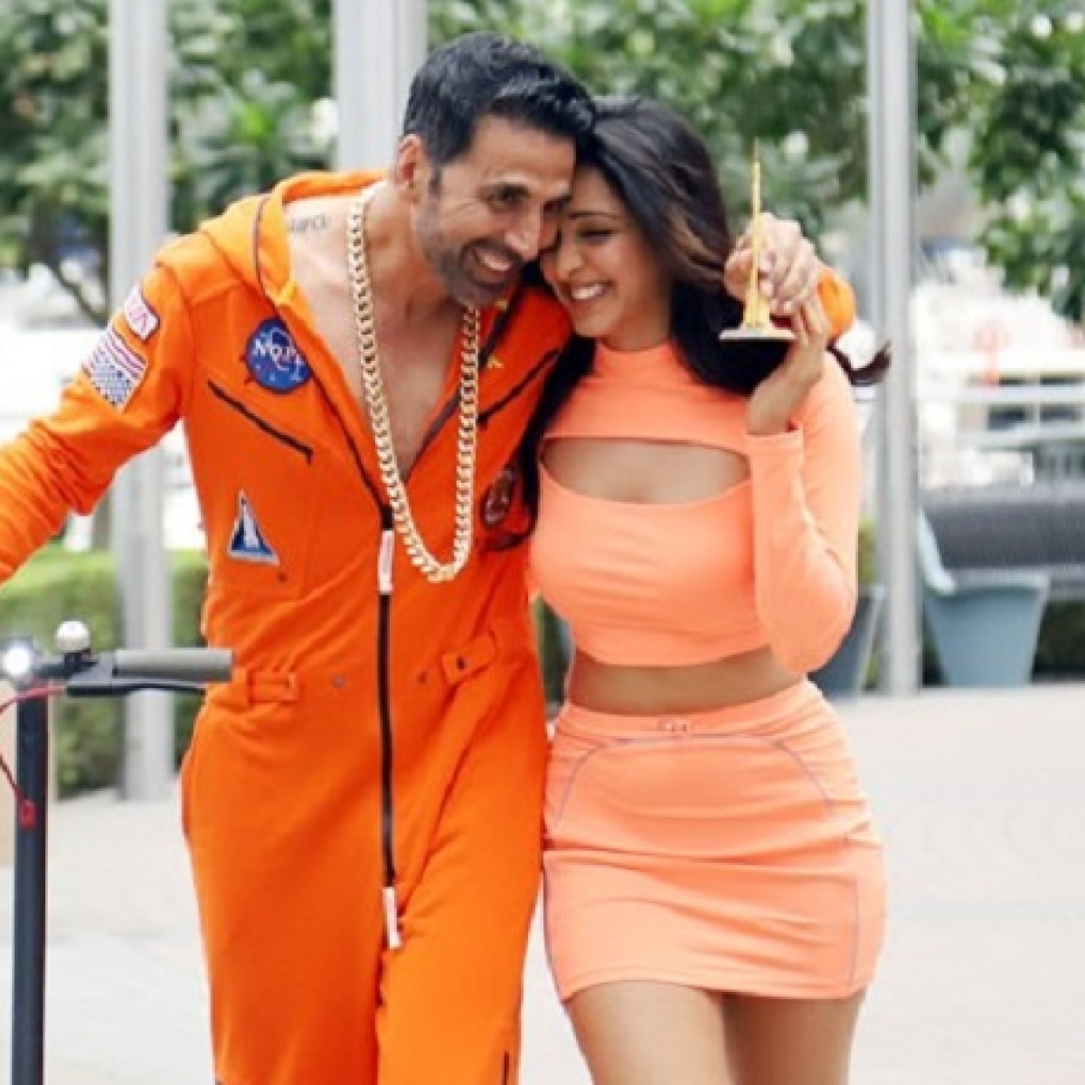 Laxmii movie review: Akshay disappoints in this disjointed, clumsy film