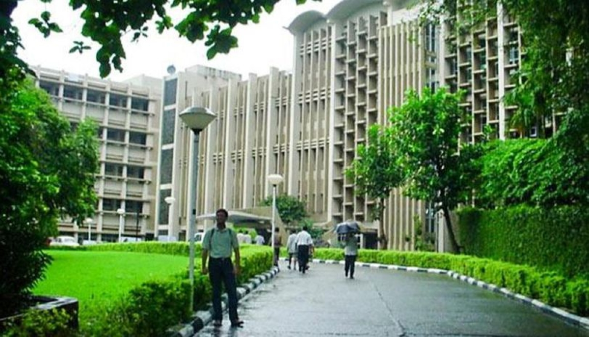 IIT Bombay to start first-year UG semester online from November 16