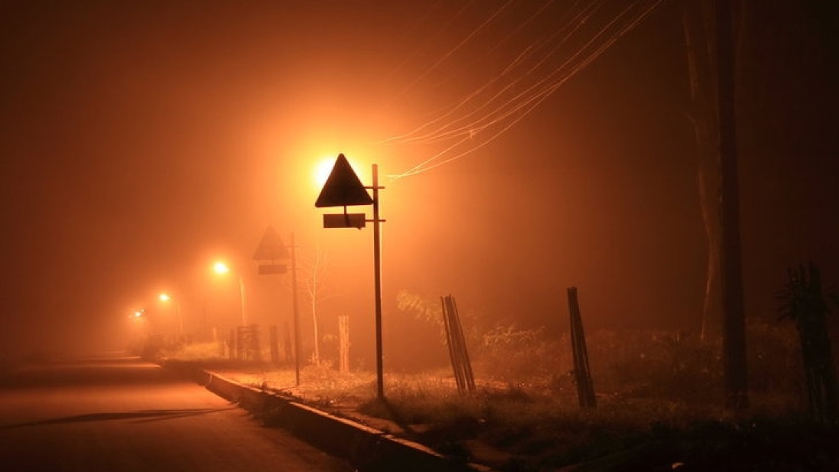 Bhopal: Winter sets in as nights turn cold