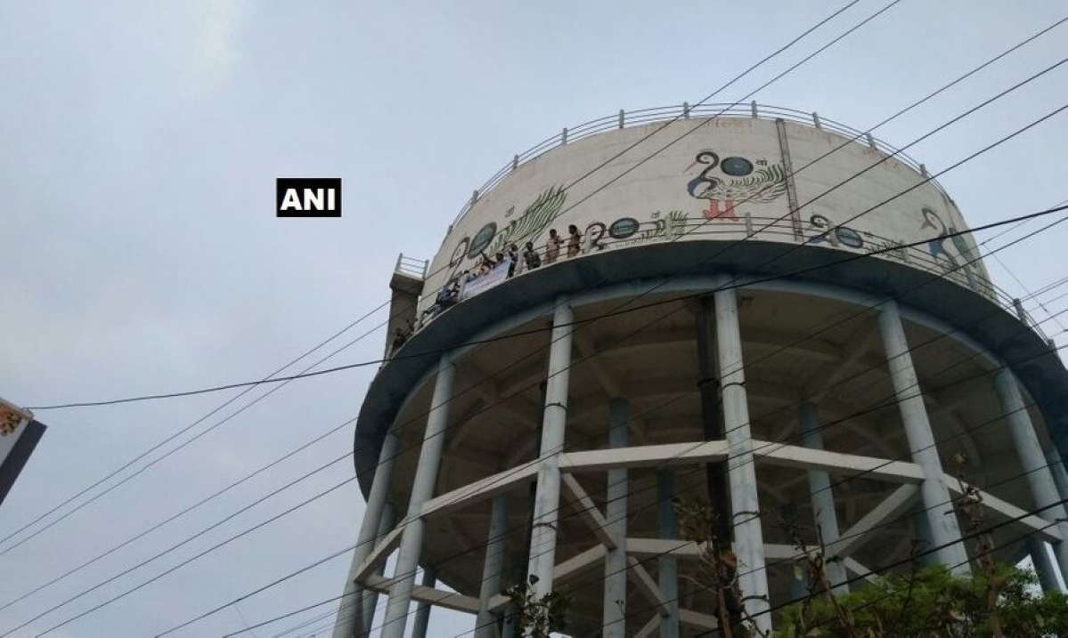 Rajasthan youth climbs water tank, asks to speak to actor Sanjay Dutt