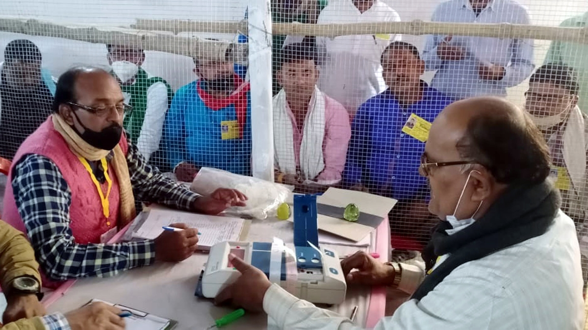 Bihar Election 2020: As NDA inches towards victory, EC orders recounting where margin is thin