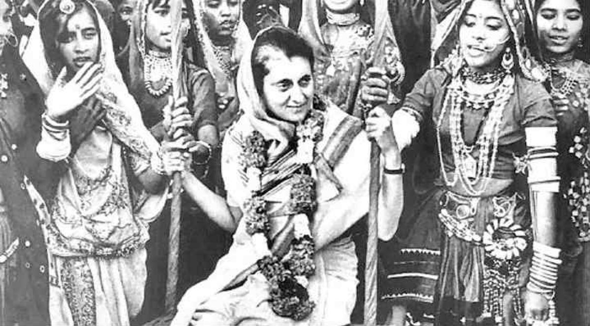 PM Modi, Sonia Gandhi, Rahul Gandhi pay tributes to Indira Gandhi on birth anniversary