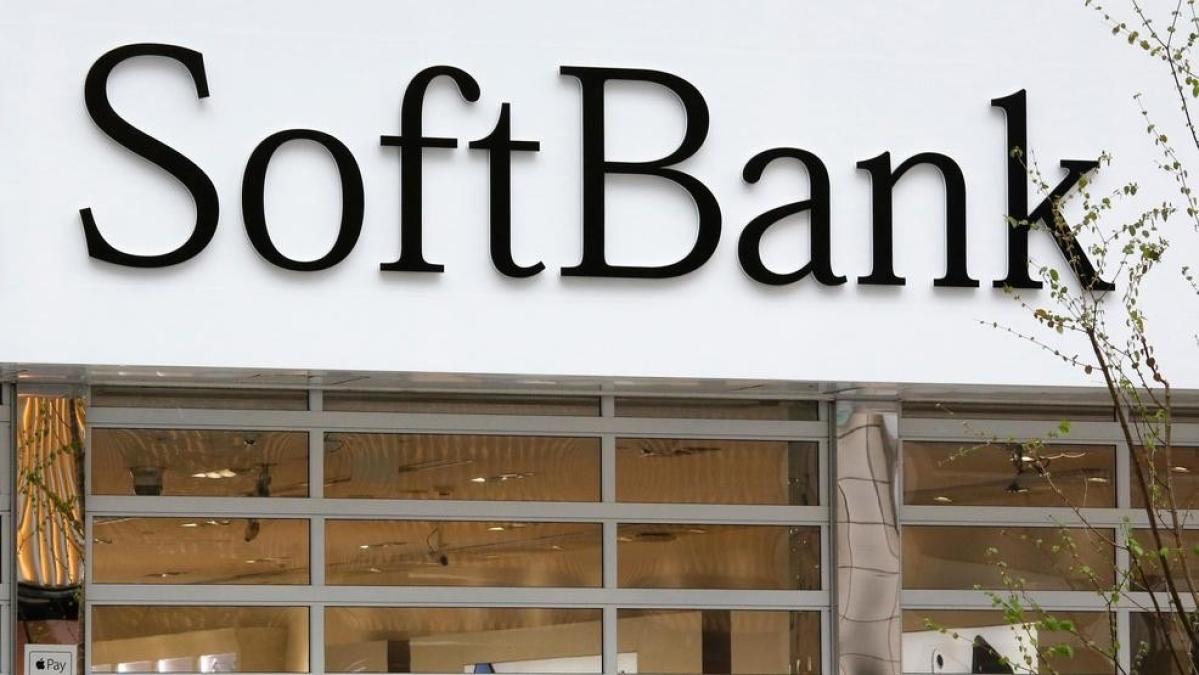 Japan's SoftBank returns to profit on global stock boom