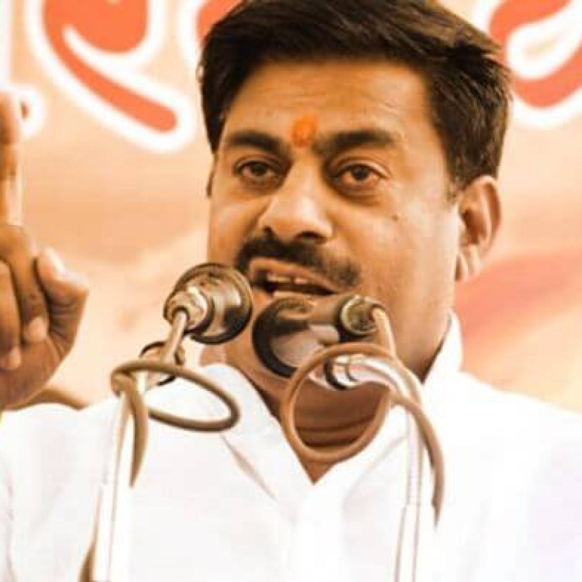 Madhya Pradesh: Threats to pro tem Speaker Rameshwar Sharma for opposing protest against French President