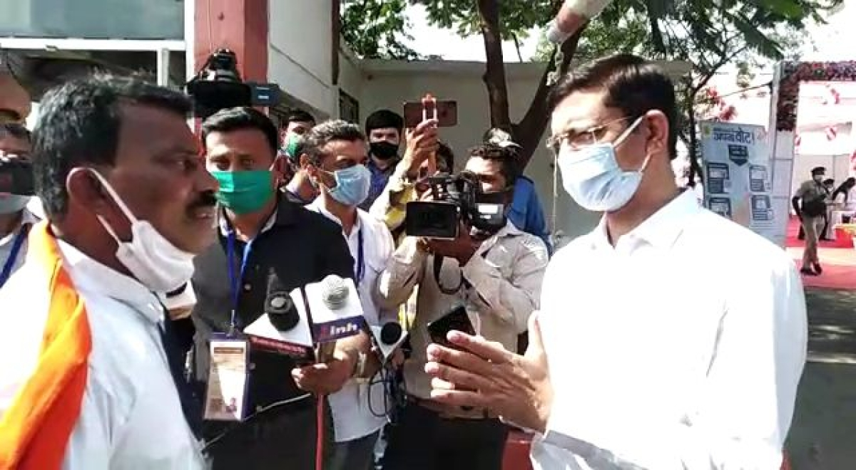 MP Bypolls: Fake voters caught at Index Medical College booth in Indore