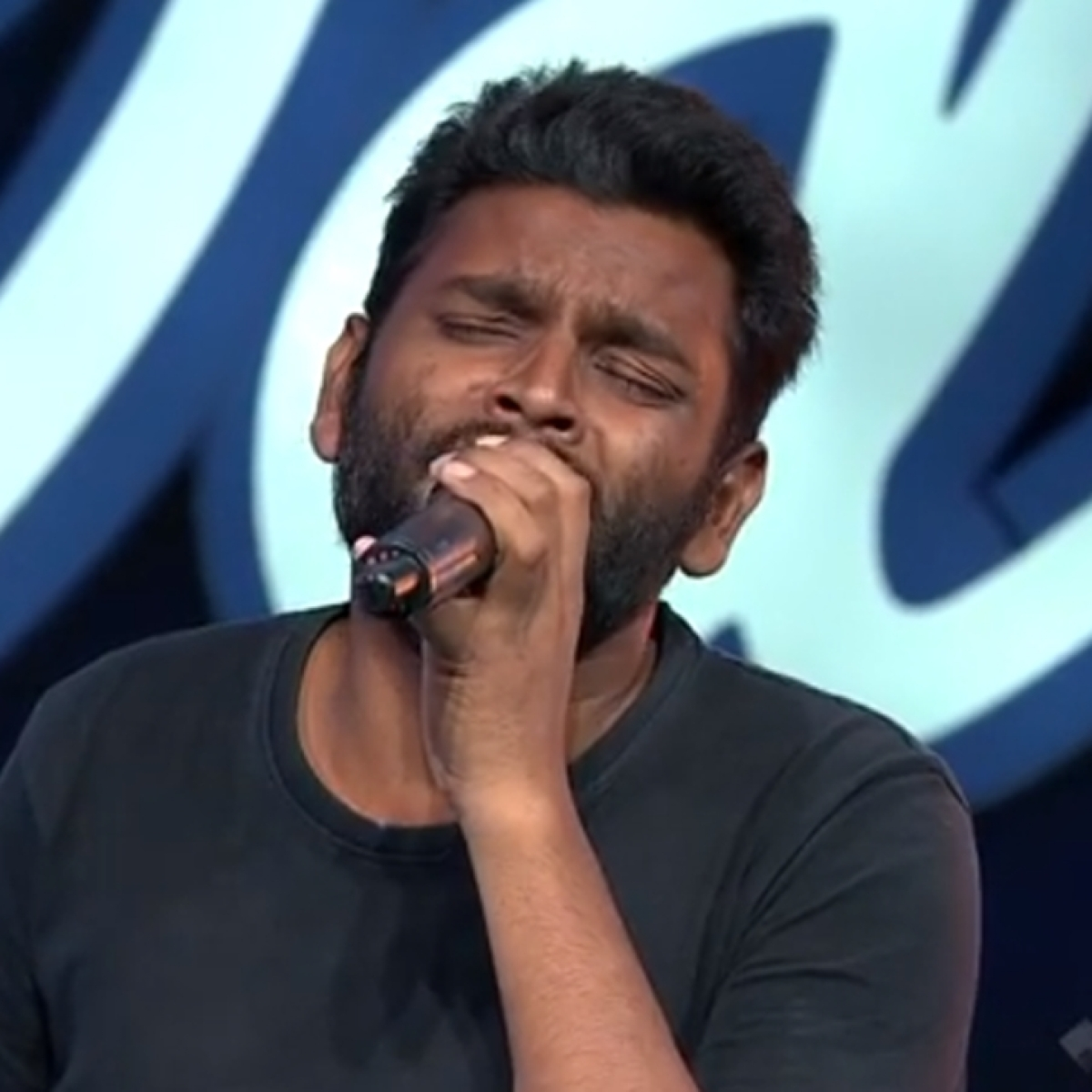 Indian Idol 12: Meet Yuvraj Medhe - a sweeper on set who auditioned as contestant