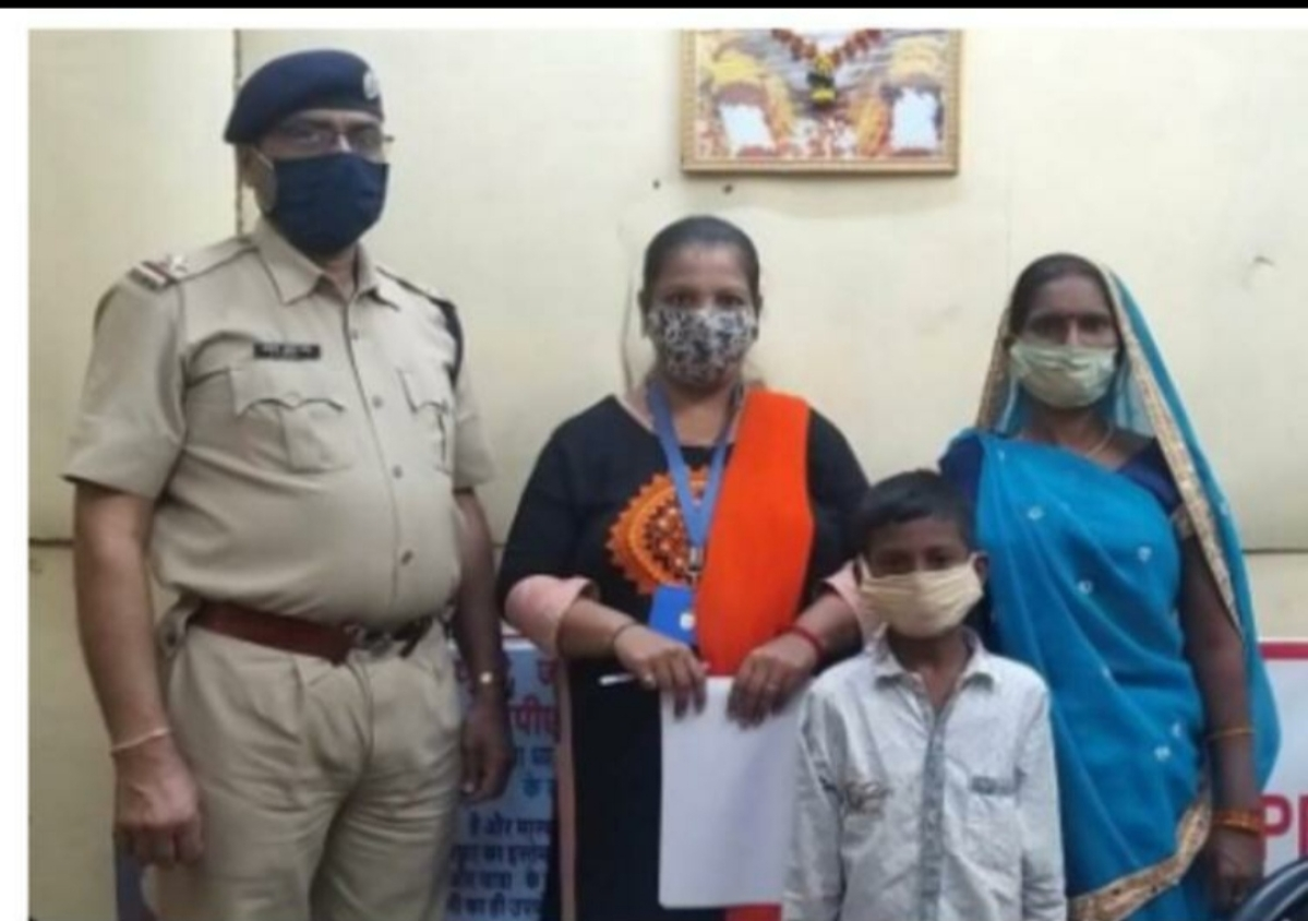 Central Railway's Team RPF re-unites minors with family